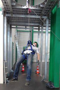 Formations DISTEL : Utilisation des EPI (harnais) contre les chutes de hauteur